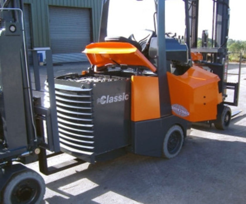 Battery removal with forklift