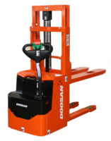 Doosan Powered Stacker LEDS16